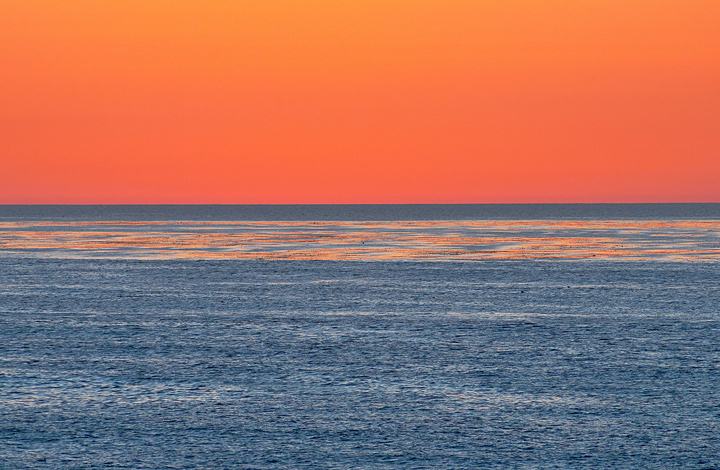A minimalist post-sunset composition at La Jolla.